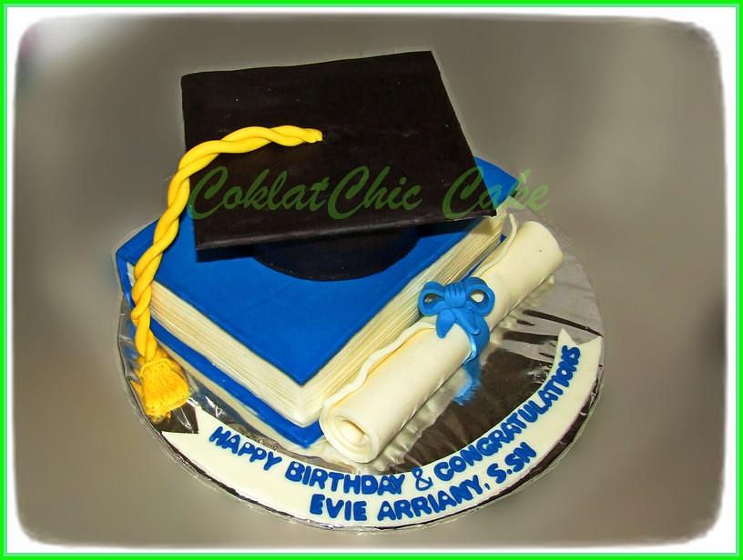 Cake Graduation EVIE 15 cm