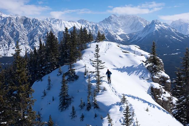 Snowshoeing - Gypsum Ridge - Feb 2019-10