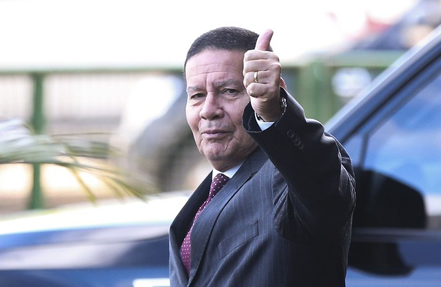 O vice-presidente eleito, general Hamilton Mourão, no Centro Cultural Banco do Brasil (CCBB), em Brasília - Créditos: Foto José Cruz | Agência Brasil