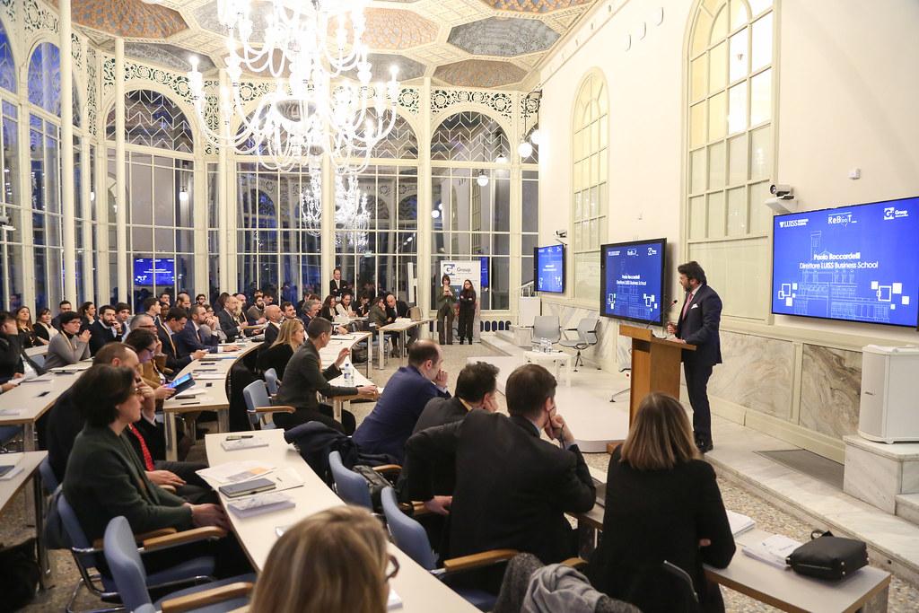 Dalla digital transformation all'open innovation: le strategie del mondo Pharma