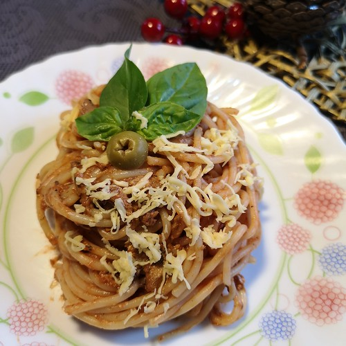 Ligo Sardines spaghetti with basil and olives IMG_201812 _155837