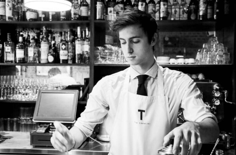 Barista hay Barman