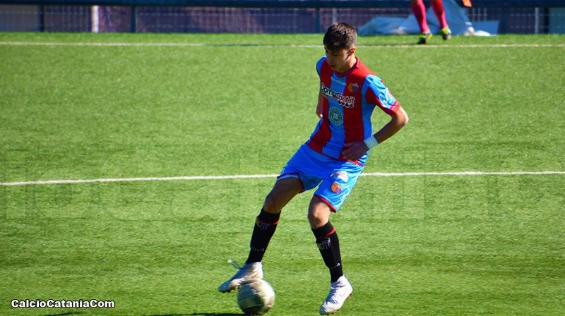 Il difensore dell'Under 17, Vittorio Popolo, autore del gol del pari momentaneo (ph. Daniele Sicilia)