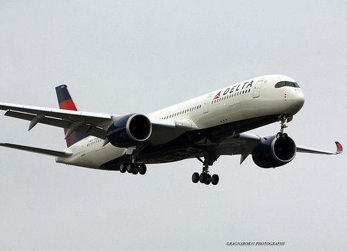A350-900_DeltaAirlines_F-WZFH-001_cn0199 (in explore)