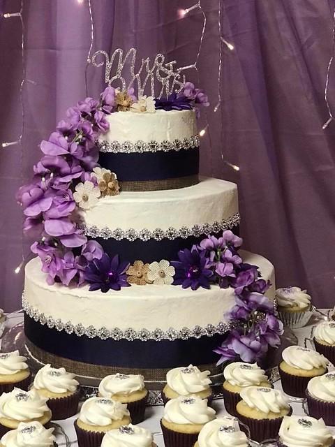 Cake from Custom Cakes by Yvette
