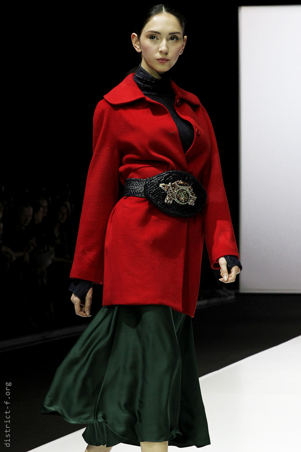 DISTRICT F — MOSCOW FASHION WEEK — ALINA ASSI AW19 чыц