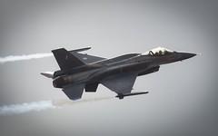 F-16 closeup