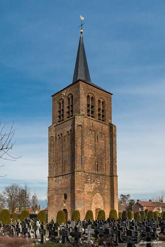 Bladel, Toren op begraafplaats.