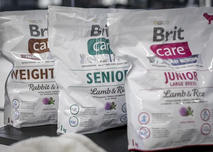 Brit koiranruoka hypoallergeeni ruoka koiralle koirannappula raksut seniorikoira vanhalle koiralle
