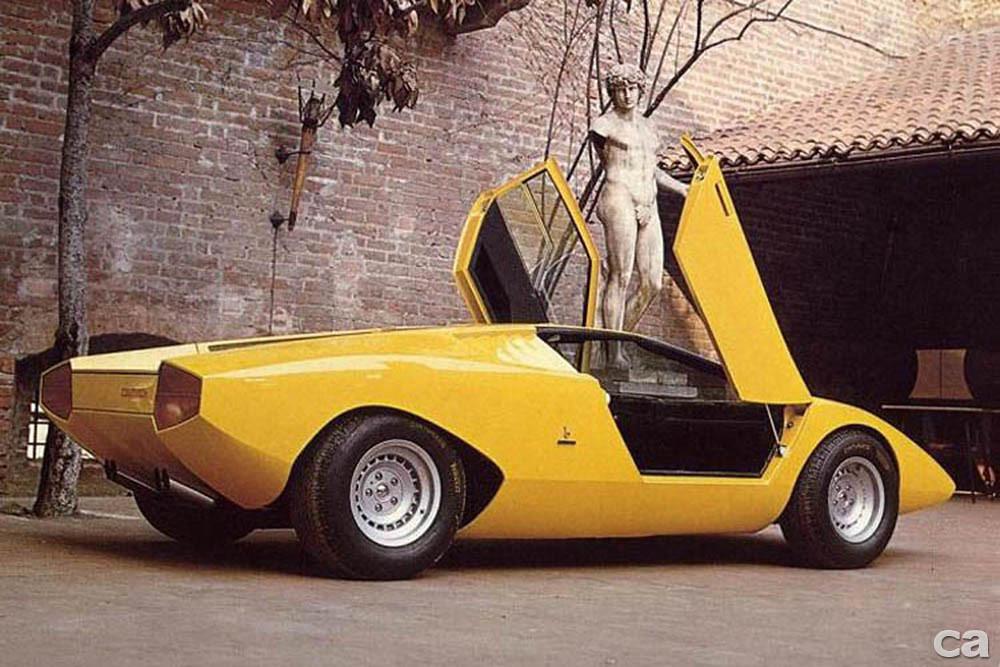 1971_Lamborghini_Countach-1