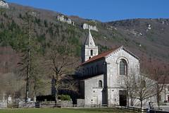 Léoncel (Drôme) : l'église abbaitale