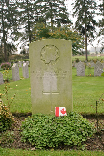 Grave of Private George Lawrence Price St Symphorien Military Cemetery Hainaut Belgium