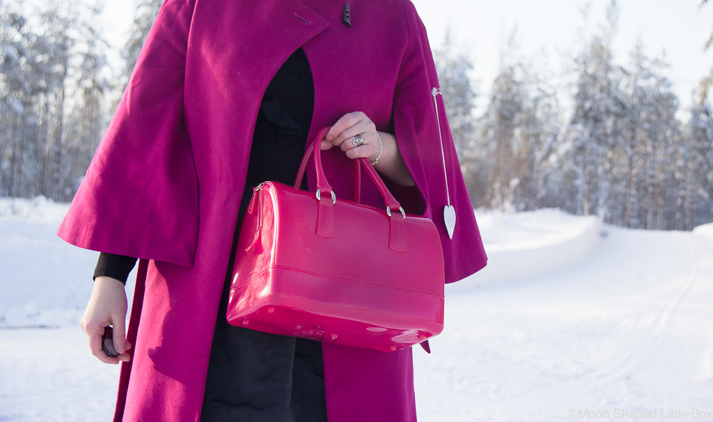 Furla_Candy_bright_pink_bag