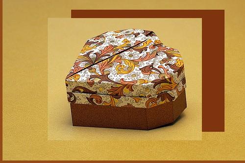 Origami Heart Box (Robin Glynn)