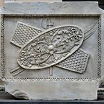 Rilievo con trofeo d'armi dal Tempio di Adriano MC766 - https://www.flickr.com/people/82911286@N03/