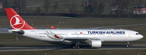 Airbus A-330-223 TC-LOH