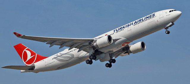 Photo:Turkish Airlines / Airbus A330-303 / TC-JNS By vic_206