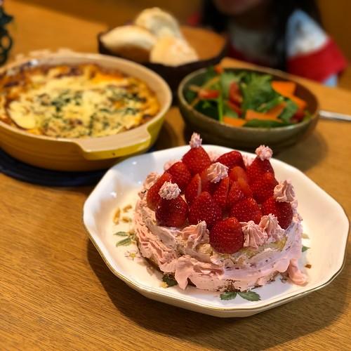 クリスマスディナー、クリスマスケーキ