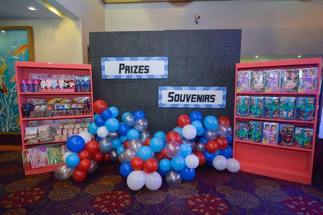 prizes