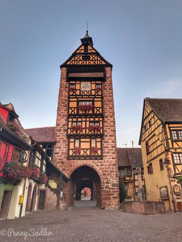 The Dolder tower, one of the most significant structures in Riquewihr, is still intact. From The History and Architecture of Riquewihr in Photos