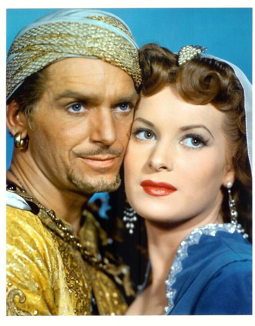Sinbad, The Sailor - Promo Photo 5 - Maureen O` Hara & Douglas Fairbanks Jr.