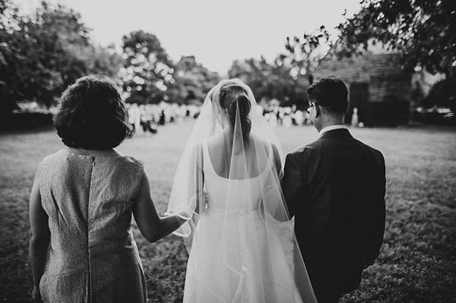Family is my fortress 👊 🏰 ⠀ .⠀ .⠀ .⠀ #creativewedding #creativeweddingphotography #Wedding #weddingphotography #weddingday #weddingday💍 #weddingphotos #weddingideas #WeddingPhotographer #photography #lookslikefilm #weddingdream