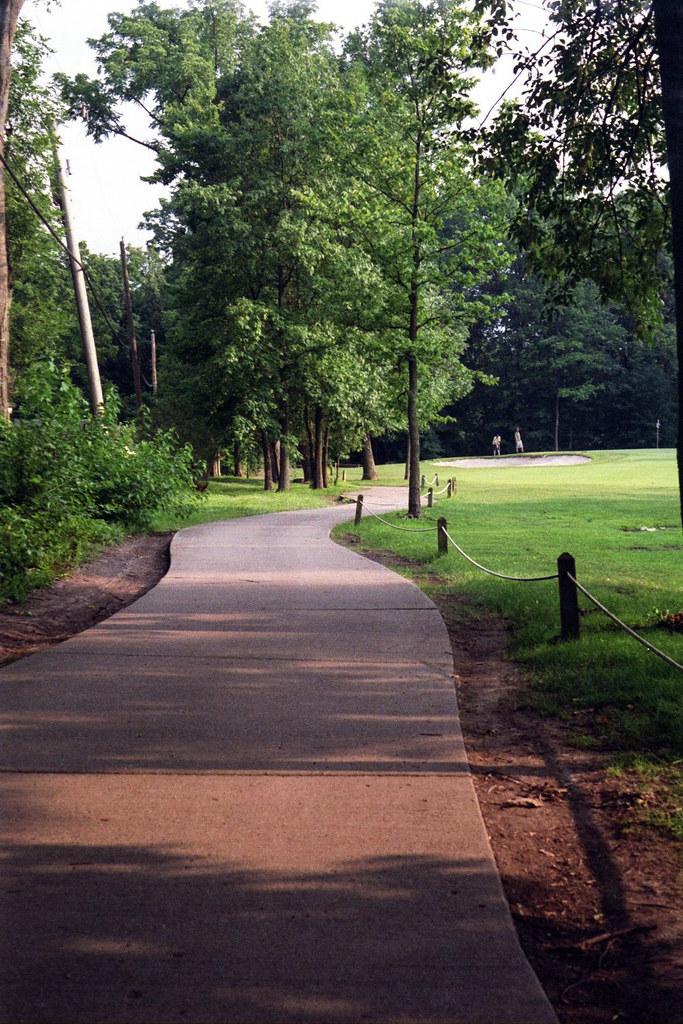Golf path