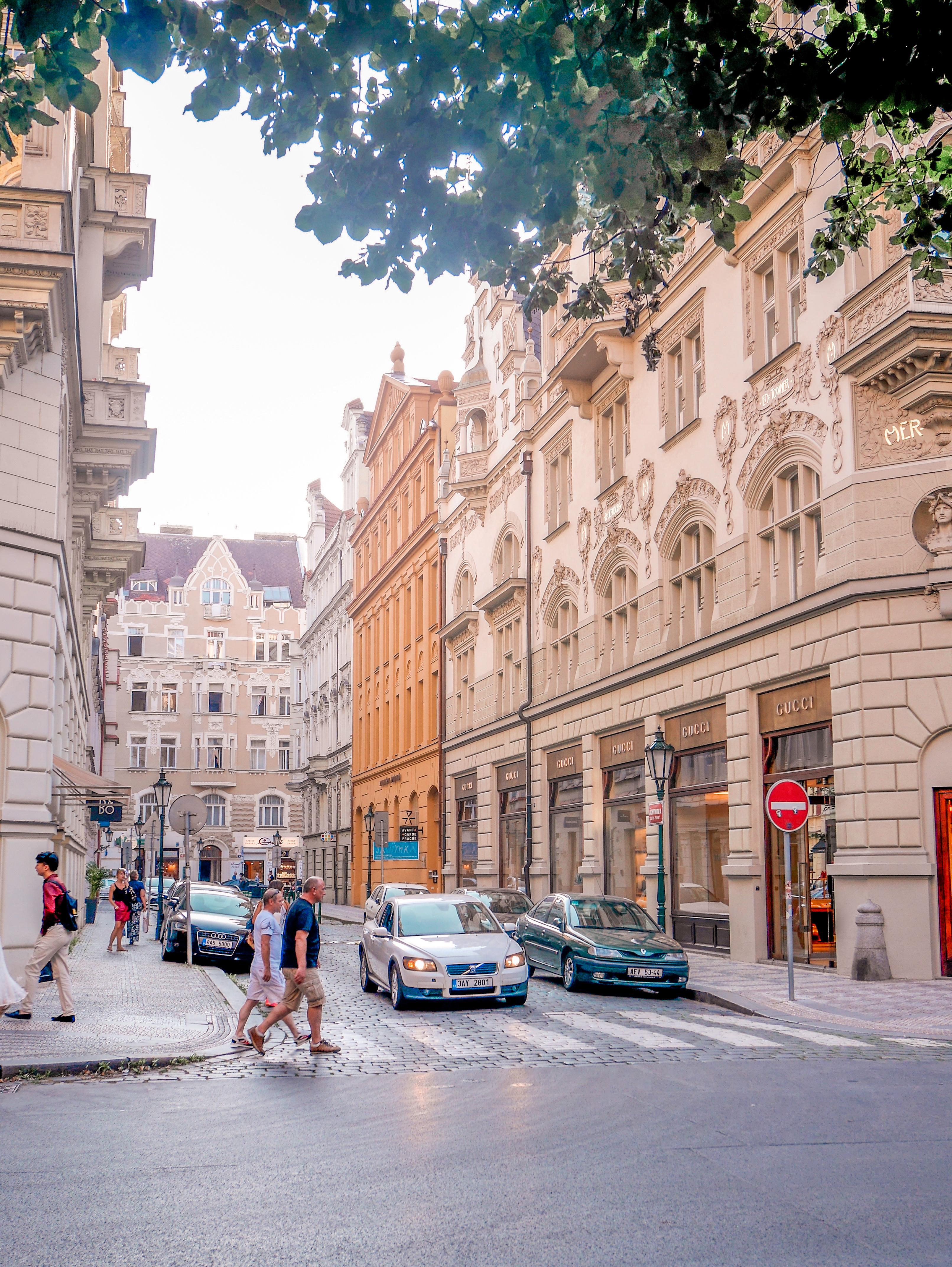 Parizska street.