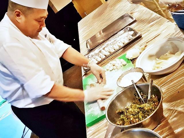 Making Jiaozi / Dumplings