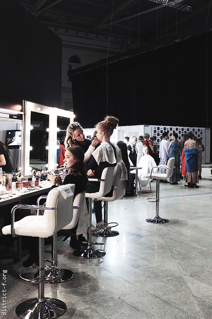 DISTRICT F FASHION JOURNAL - Moscow Fashion Week SS18 - НЕДЕЛЯ МОДЫ В МОСКВЕ ВЕСНА-ЛЕТО 2018 сумкапие
