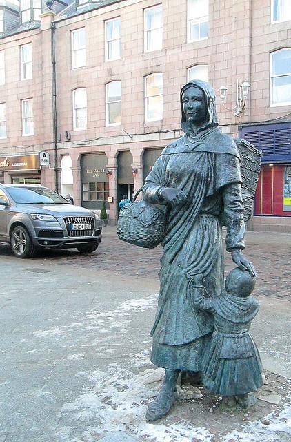 Fisherwoman Statue, Peterhead