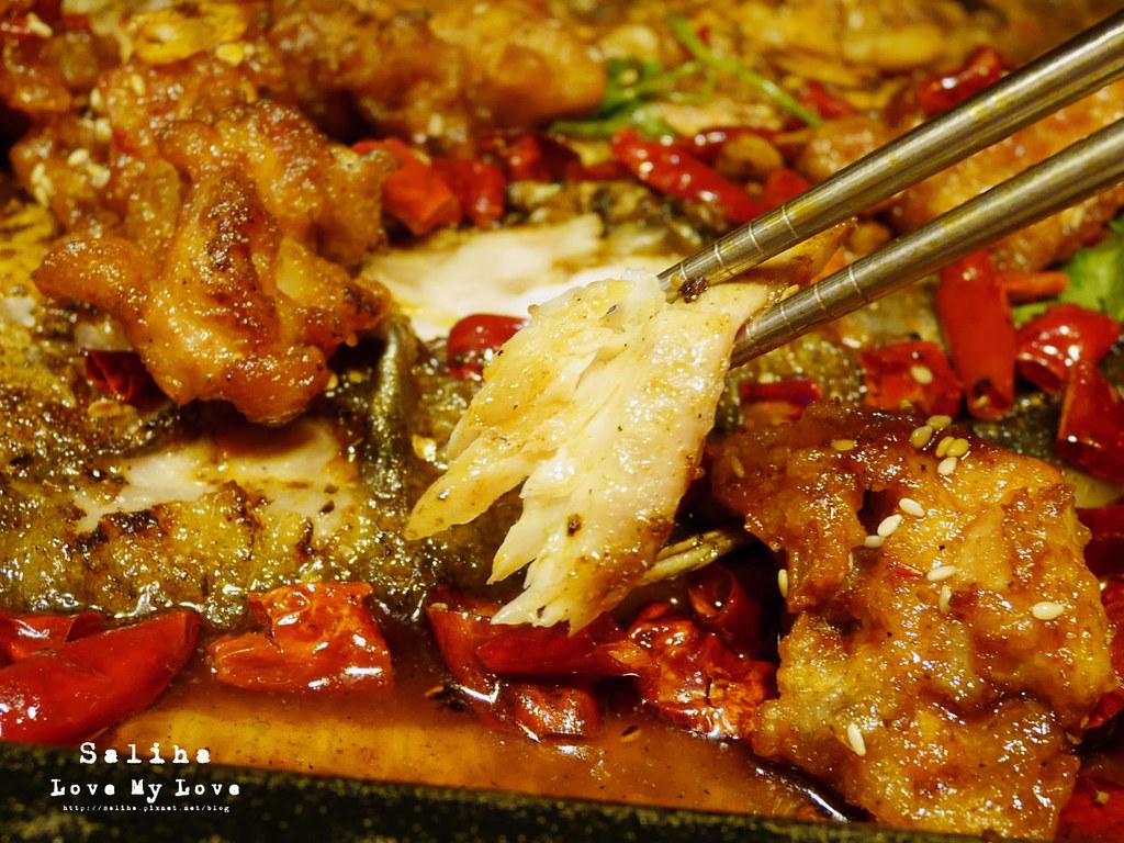 台北水貨炭火烤魚小巨蛋店火鍋餐廳好吃ig打卡推薦超厲害海鮮蝦子火鍋 (15)