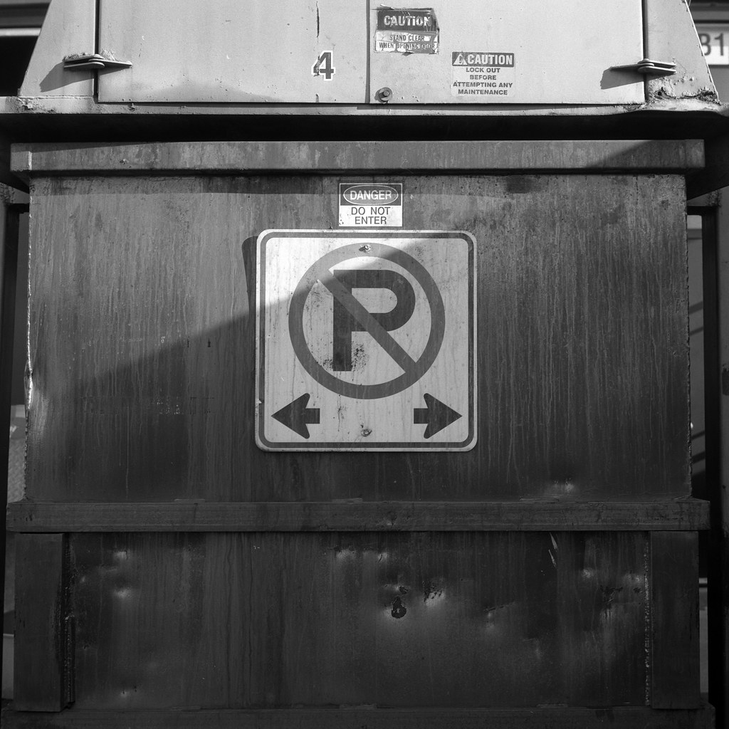 FRB No. 33 - Ultrafine Extreme 100 - Roll No. 1 (Kodak D-76)