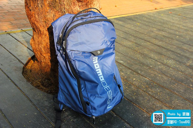 海軍藍後背包MD ONE性能與設計集於一身義大利精品MOMODESIGN
