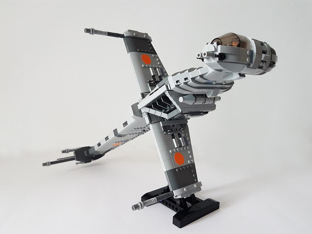 B-Wing Starfighter MOC