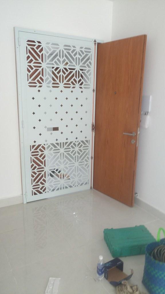 Cửa Sắt Chung Cư CNC GHZ-775 tại chung cư Tara Residence - Tạn Quang Bửu, quận 8