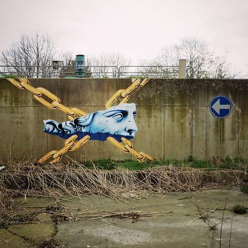 This way to history / #streetart by #kymoOne. . #Lokeren #urbanart #graffitiart #streetartbelgium #graffitibelgium #graffiti #muralart #streetartlovers #graffitiart_daily #streetarteverywhere #streetart_daily #ilovestreetart #igersstreetart #urbex #rsa_gr