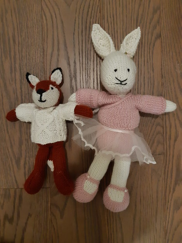 Carola finished Foxy!! Look at the difference in size between her Bunny and Foxy!!