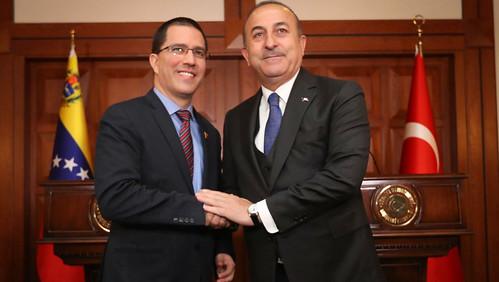 Cancilleres de Venezuela y Turquía afianzan cooperación bilateral y multilateral