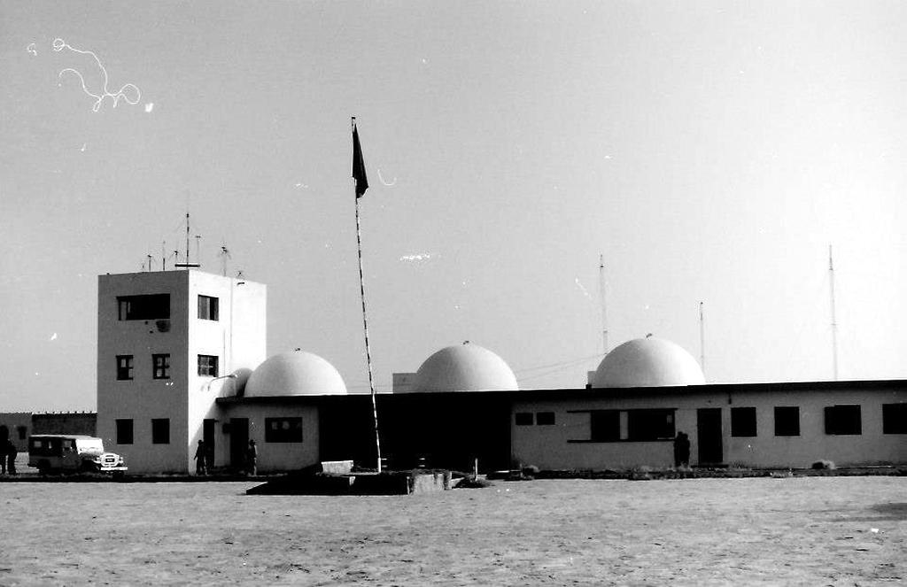 Le conflit armé du sahara marocain - Page 11 40469155653_ba71f73a09_o