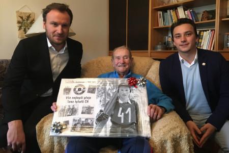 Legendární trenér skokanů na lyžích Zdeněk Remsa slaví 90. narozeniny