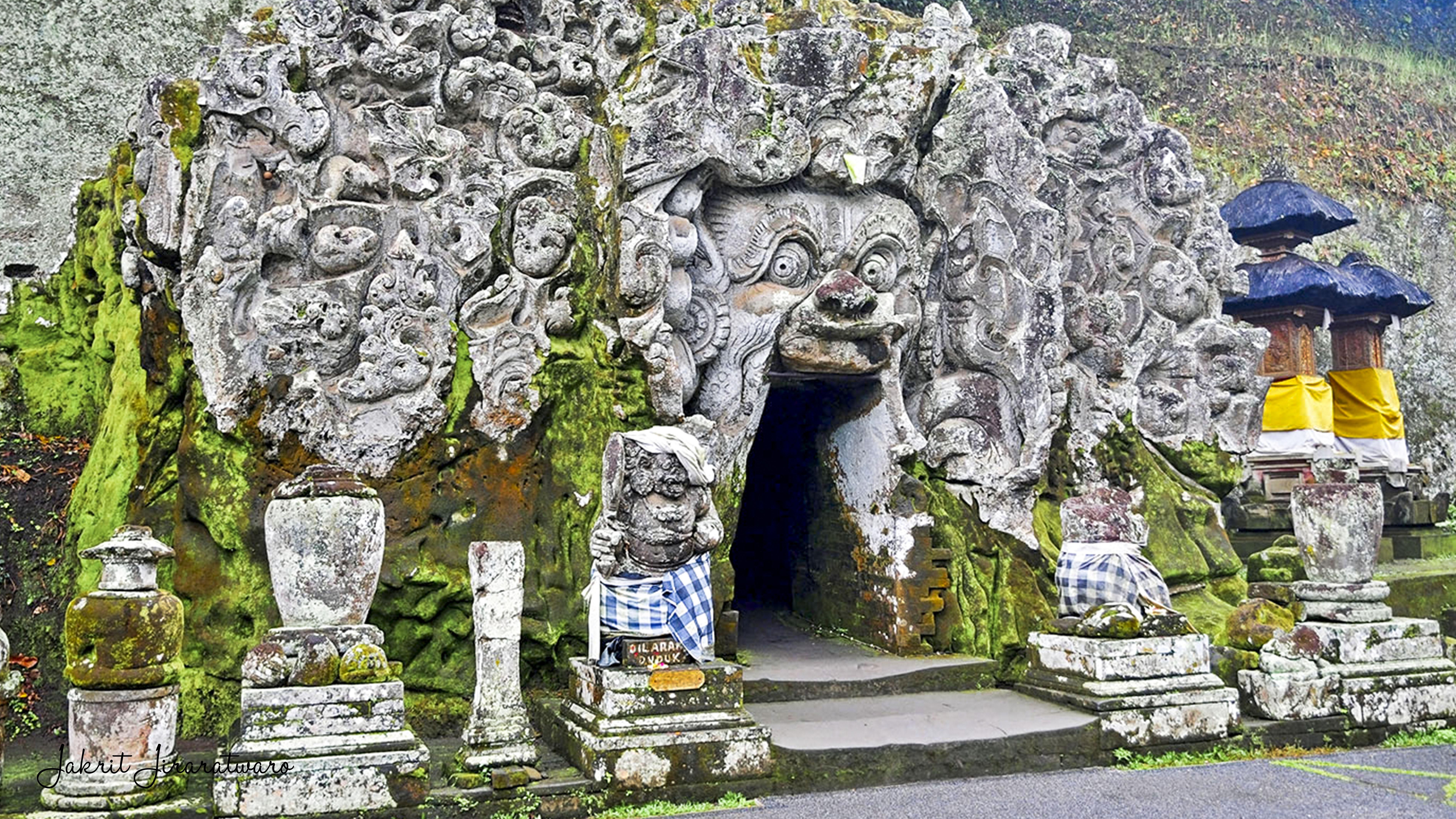 những ngôi đền ở Bali-Goa Gajah Temple