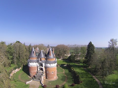 Kite Aerial Photography on Chateau de Rambures - Photo of Nesle-l'Hôpital