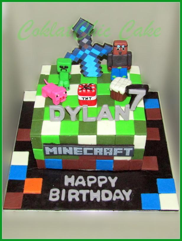 Cake Minecraft DYLAN 15 cm
