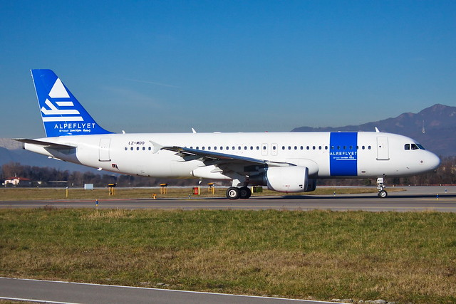 Alpeflyet (Via Airways) Airbus A320-214 LZ-MDO