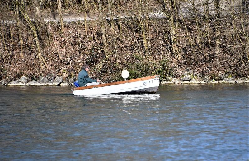 Boat on River Aar 19.03.2019