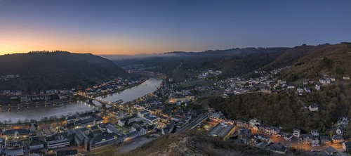 *Cochem/Mosel @ blue hour panorama*