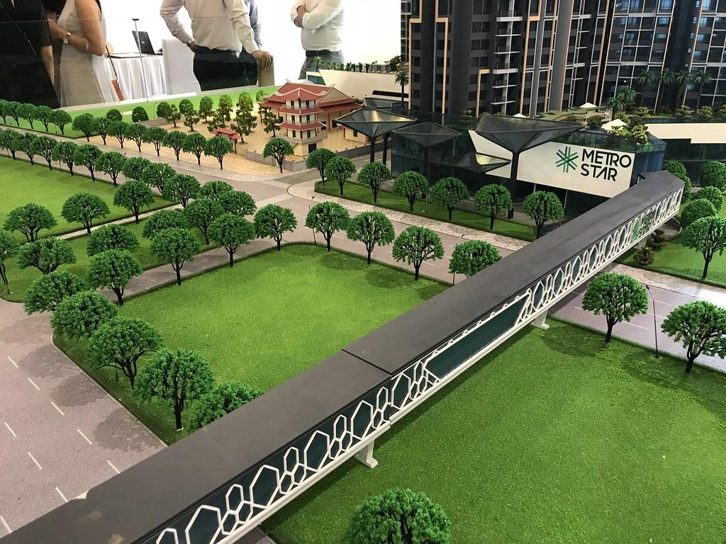 Cầu đi bộ nối dự án với nhà ga Metro