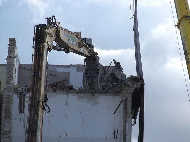 Building demolition.jpg, Fujifilm FinePix T350