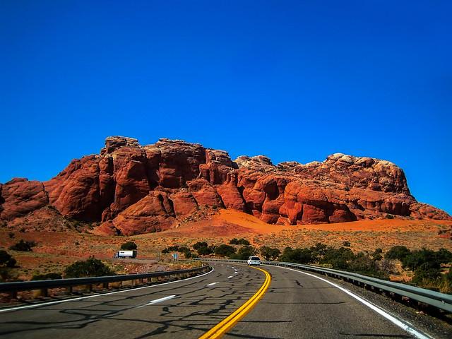 H64 Entering Grand Canyon, Canon DIGITAL IXUS 40